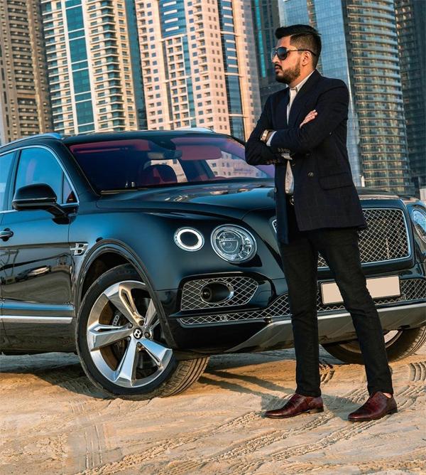 SUV siêu sang Bentley Bentayga.