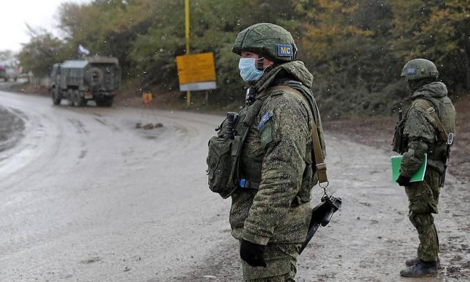 Lính gìn giữ hòa bình Nga tại Nagorno-Karabakh. Ảnh: TASS.