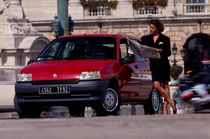 Renault Clio - ôtô biểu tượng của người Pháp
