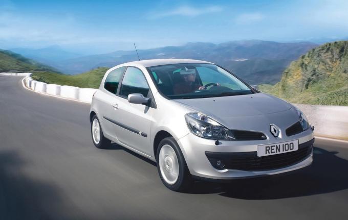Renault Clio - ôtô biểu tượng của người Pháp - 8