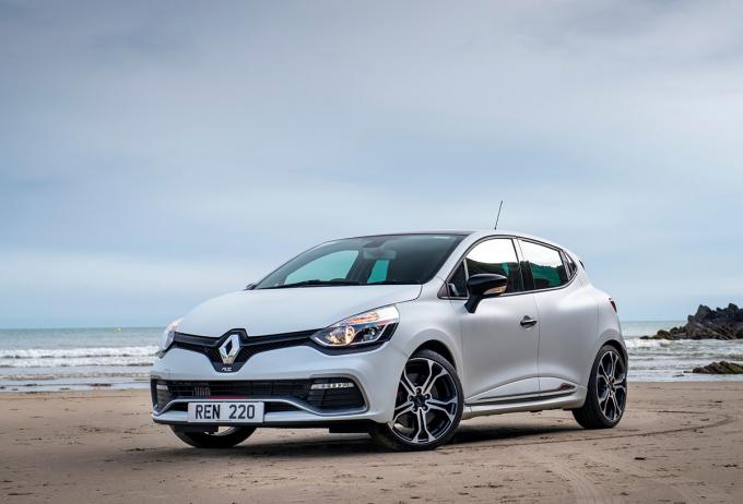 Renault Clio - ôtô biểu tượng của người Pháp - 10