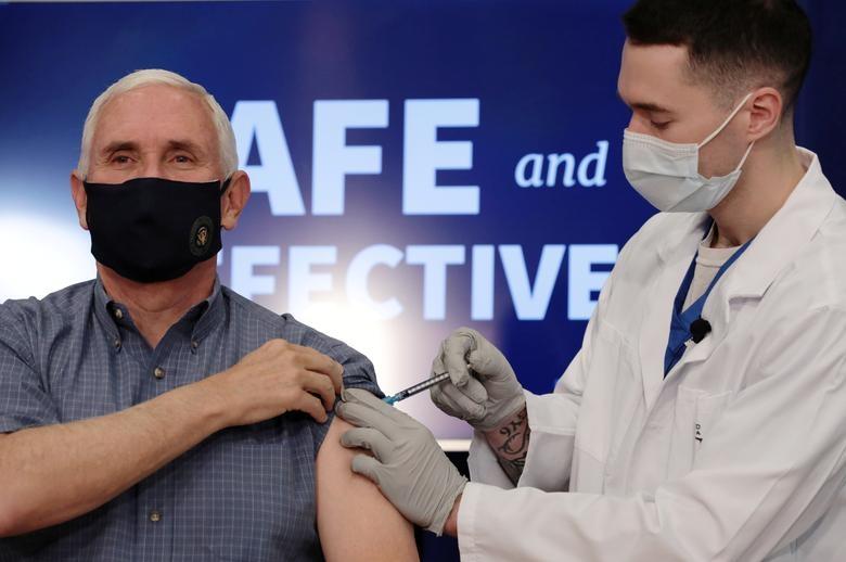 Người Mỹ tiêm vaccine Covid-19