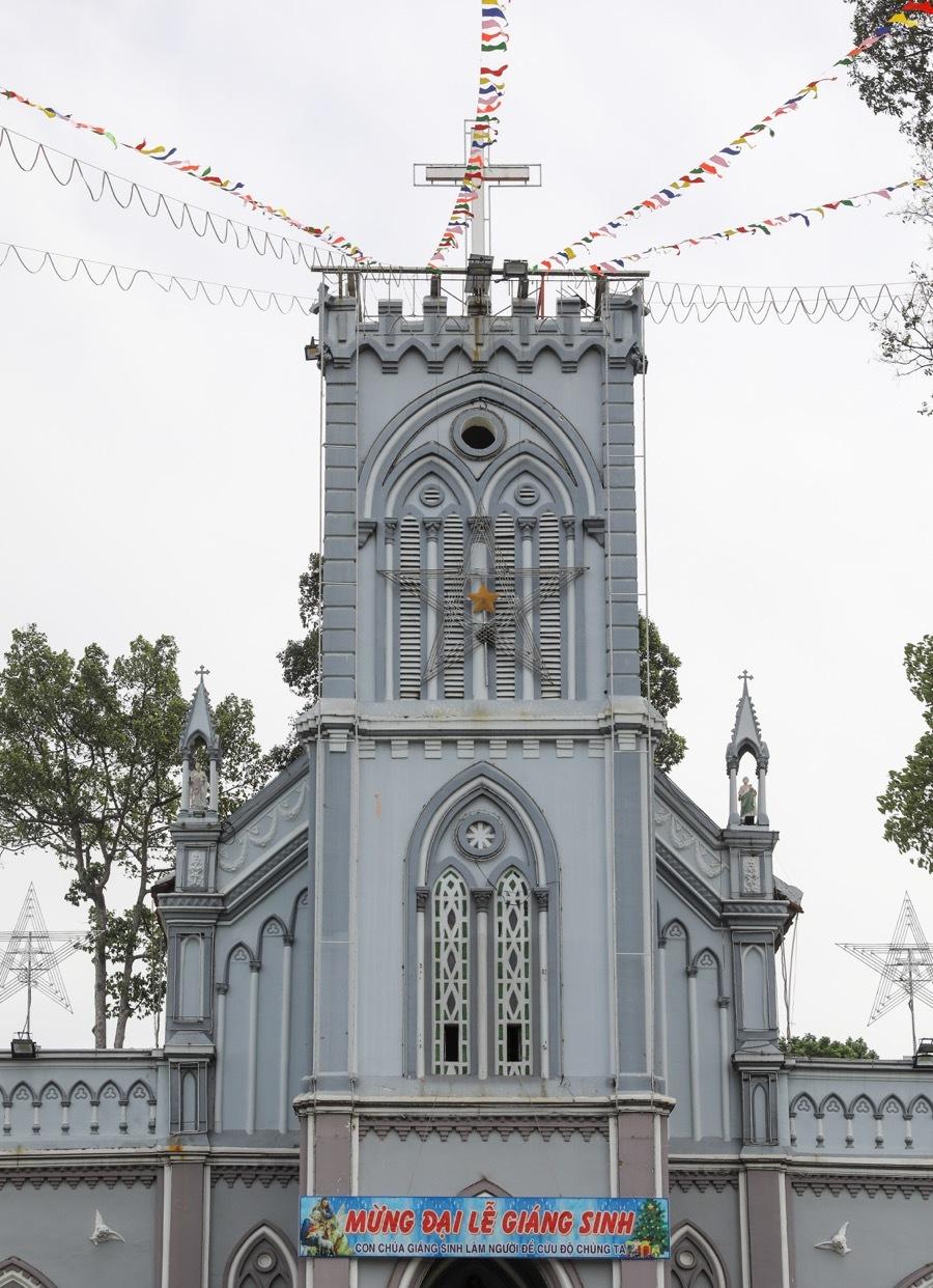 Nhà thờ lâu đời nhất vùng đất Thủ Đức - 2