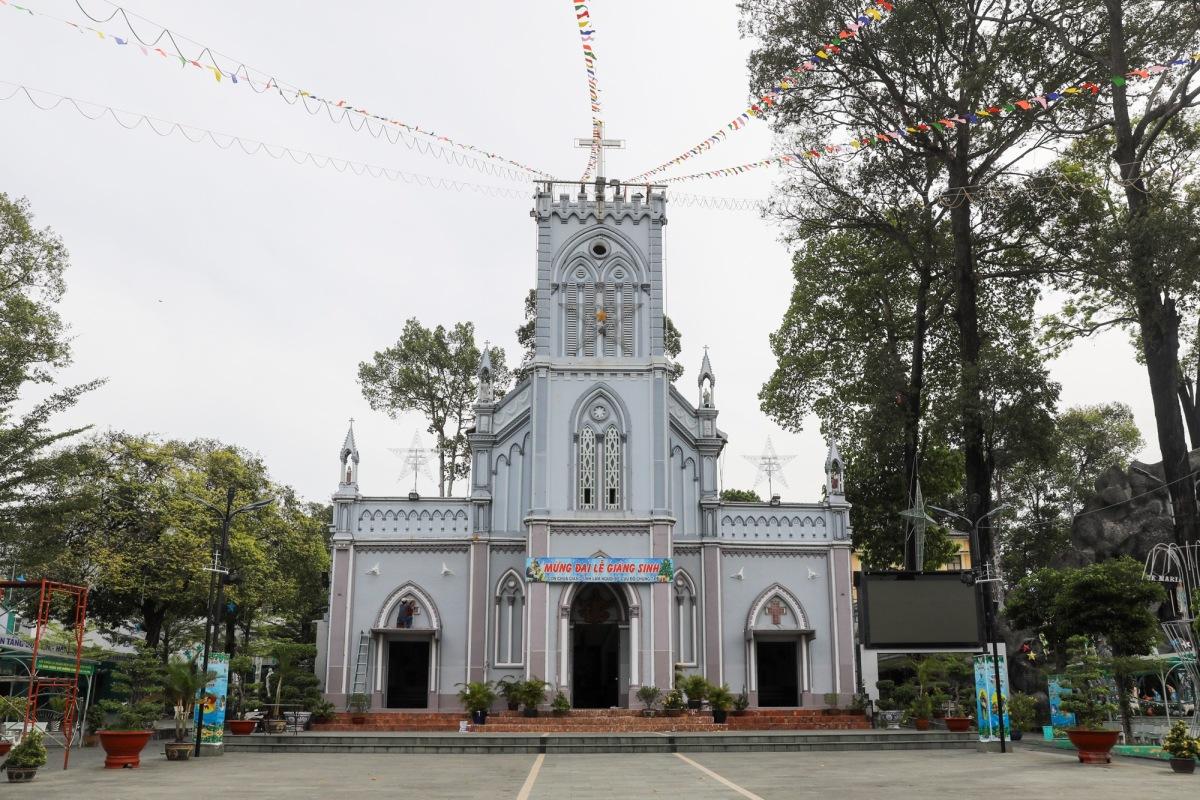 Nhà thờ lâu đời nhất vùng đất Thủ Đức - 1