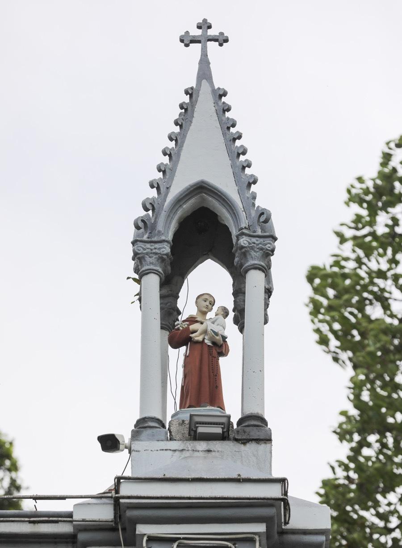Nhà thờ lâu đời nhất vùng đất Thủ Đức - 3