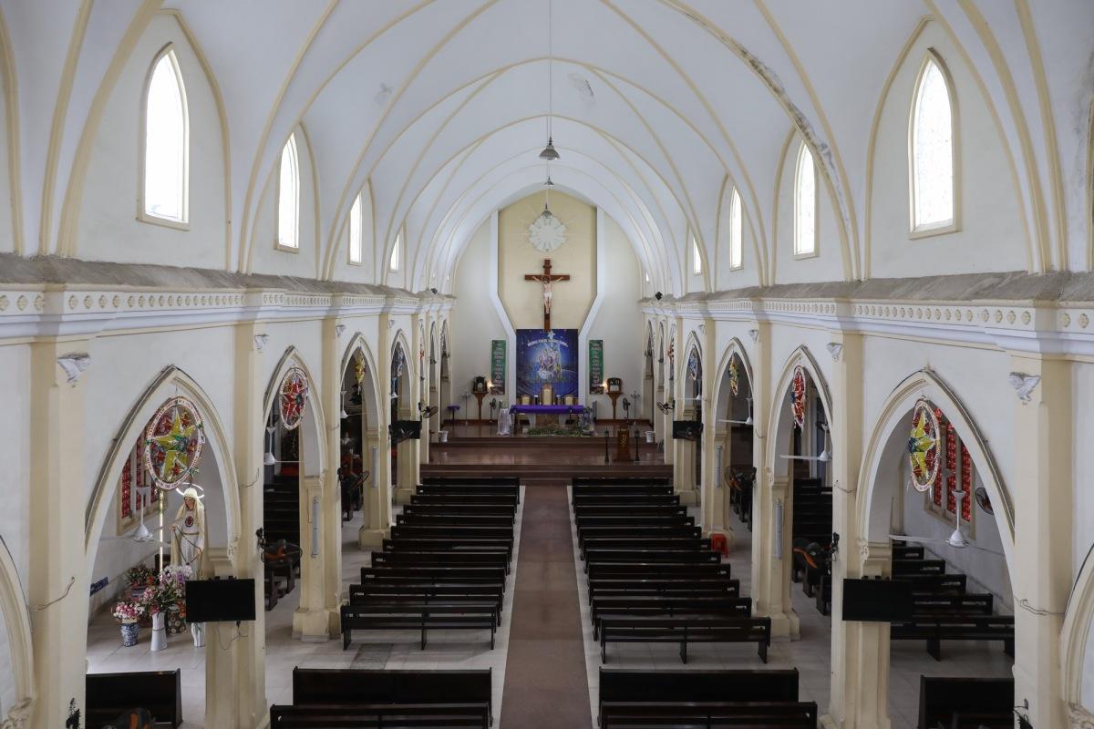 Nhà thờ lâu đời nhất vùng đất Thủ Đức - 4
