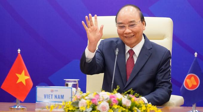 Thủ tướng Nguyễn Xuân Phúc chủ trì điều hành Hội nghị Cấp cao ASEAN lần thứ 37. Ảnh: VGP/Quang Hiếu