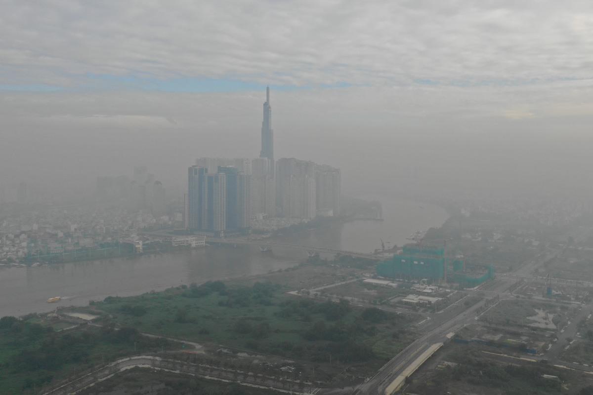 Sương mù bao phủ Sài Gòn
