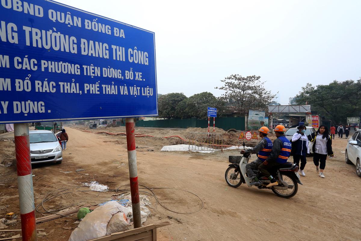 Đường 1,3 km
