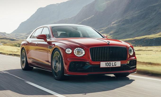 Flying Spur V8 - một trong những sản phẩm mới nhất của hãng xe Anh. Ảnh: Bentley