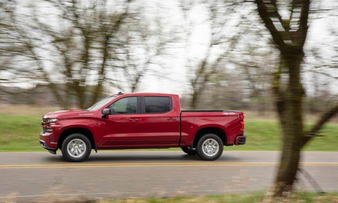 Silverado bán được 594.094 xe trong năm 2020. Ảnh: Chevrolet