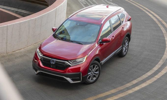CR-V bán được 333.502 xe trong năm 2020. Ảnh: Honda