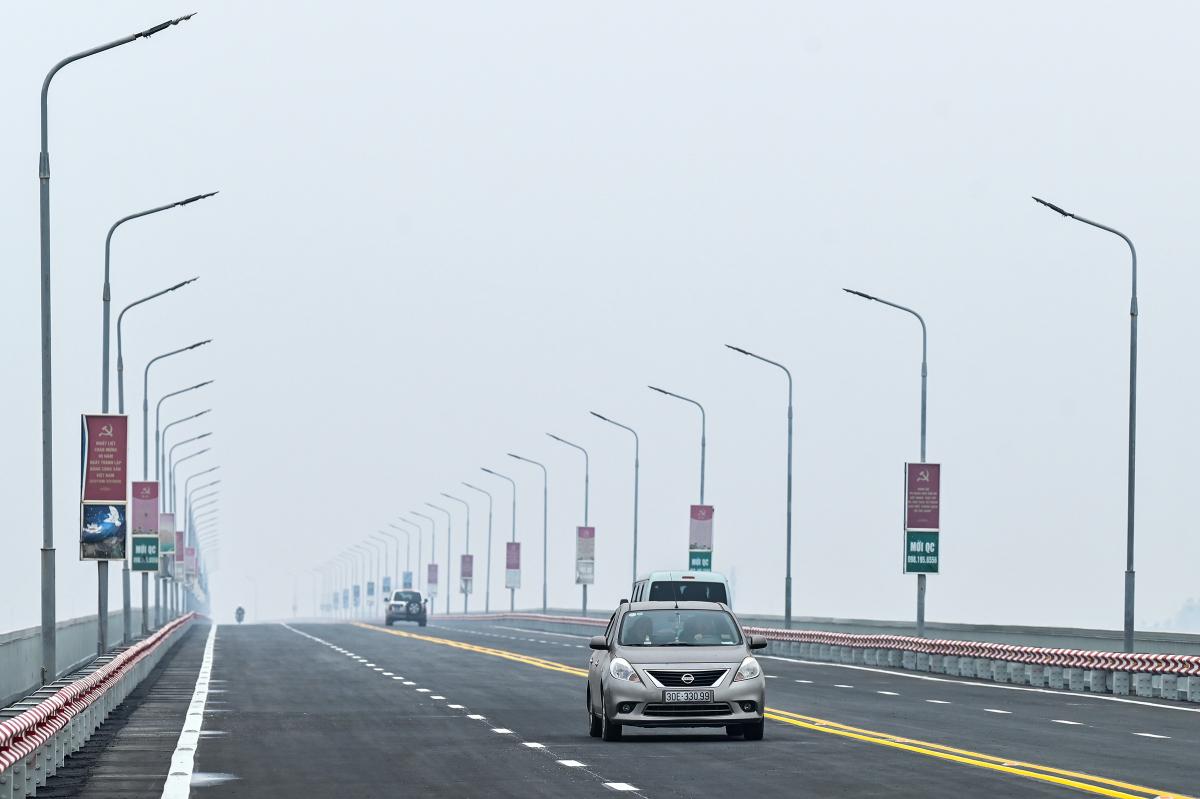 Cầu Thăng Long được vận hành trở lại