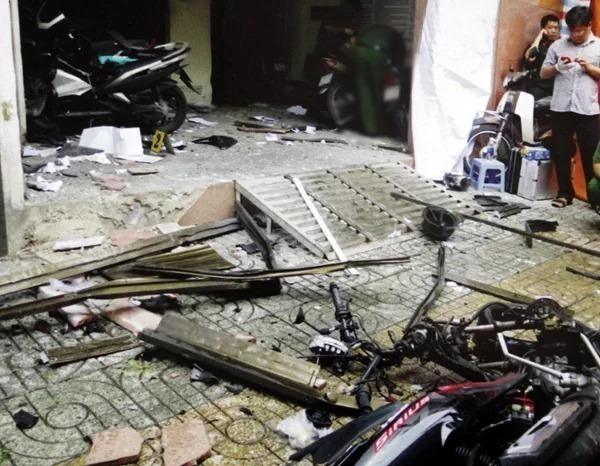Hiện trường vụ khủng bố trụ sở Công an phường 12 quận Tân Bình, TP HCM. Ảnh:Công an cung cấp.