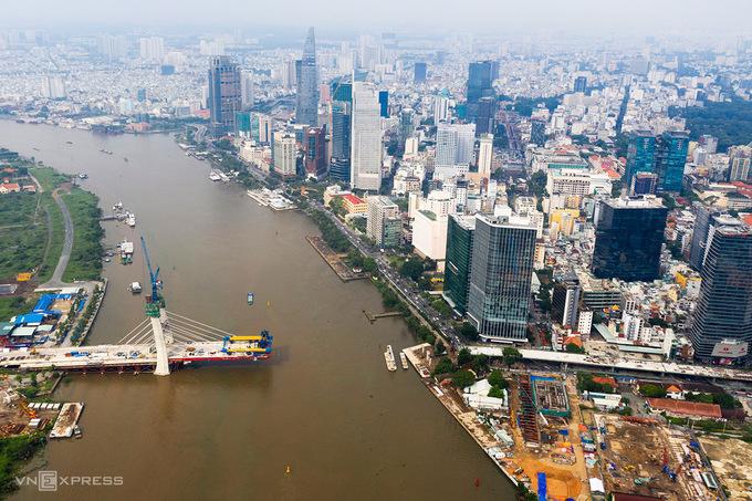Cầu Thủ Thiêm 2 dự kiến hoàn thành trong năm 2021 góp phần kết nối Tp Thủ Đức với trung tâm thành phố. Ảnh:Hữu Khoa.