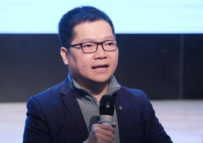 TS Nguyễn Chí Hiếu chia sẻ tại hội thảo Tái định nghĩa tài năng do trường Phổ thông liên cấp Olympia tổ chức ngày 9/1. Ảnh: Dương Tâm.