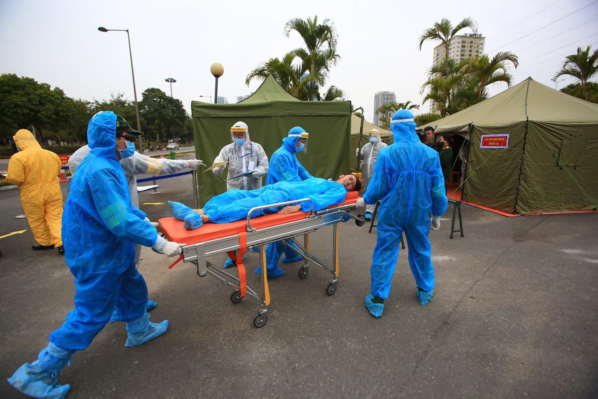 Hơn 300 người diễn tập y tế phục vụ Đại hội XIII