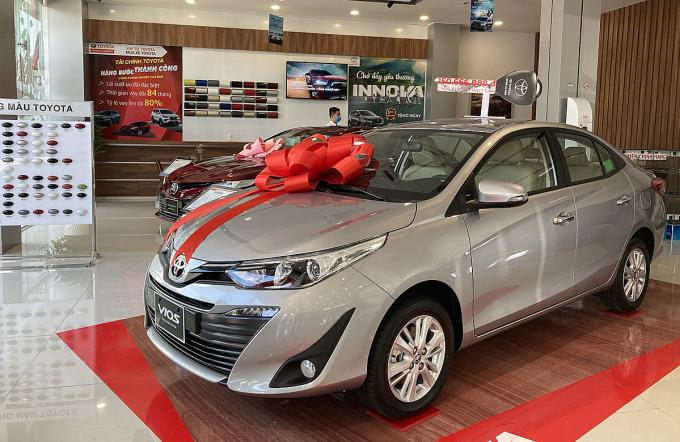 Xe bán chạy nhất thị trường 2020, Vios, tại đại lý Toyota ở TPHCM. Ảnh: Phạm Trung