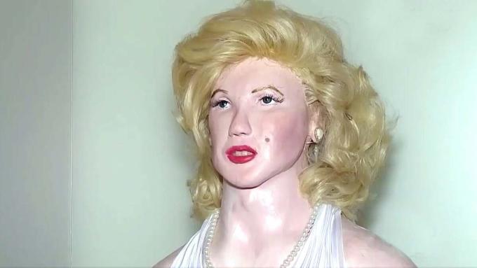 Tượng sáp của nữ diễn viên Marilyn Monroe trong triển lãm của Armacollo. Ảnh: Instagram/museu_izidoroarmacollo.