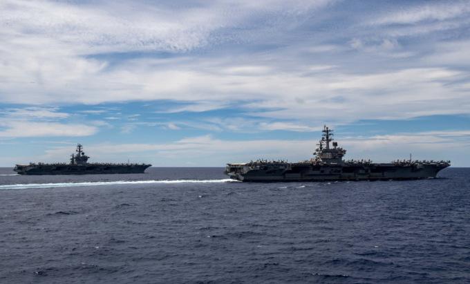 Hai tàu sân bay Mỹ diễn tập trên Biển Đông hồi tháng 7/2020. Ảnh: US Navy.