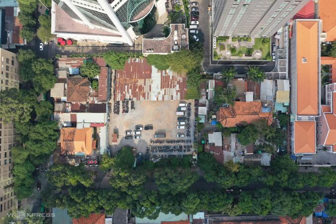 Giá trị khu đất tại thời điểm năm 2015 được xác định khoảng 1.979 tỷ đồng. Ảnh: Quỳnh Trần.