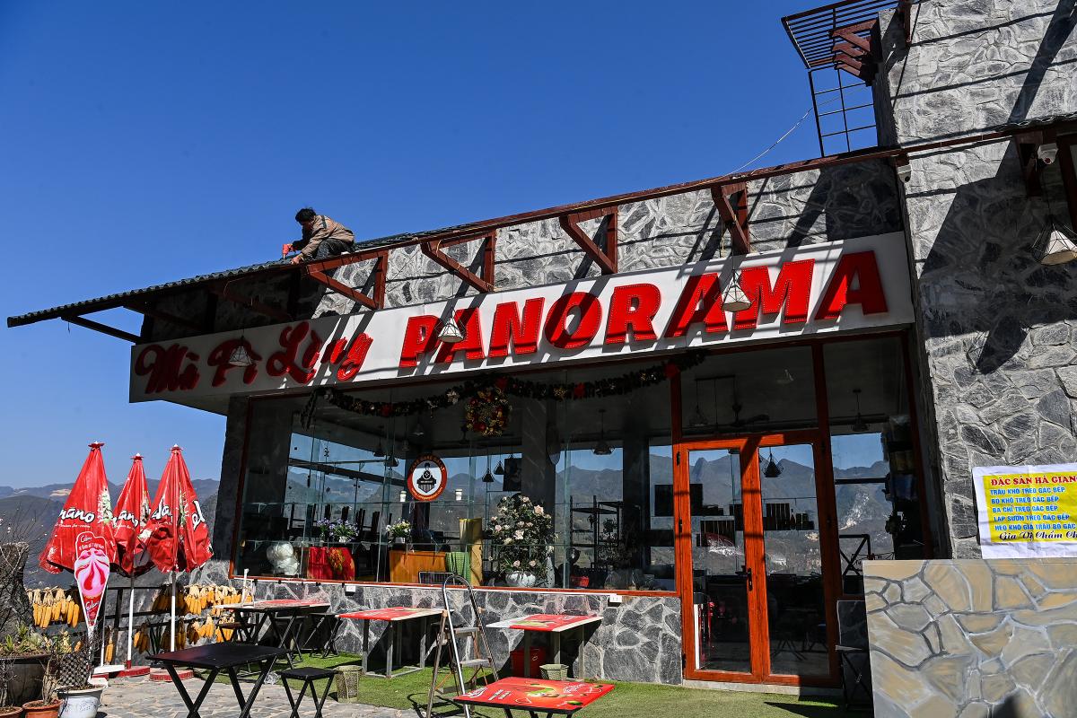 Nhà hàng ở Mã Pì Lèng sau nửa năm