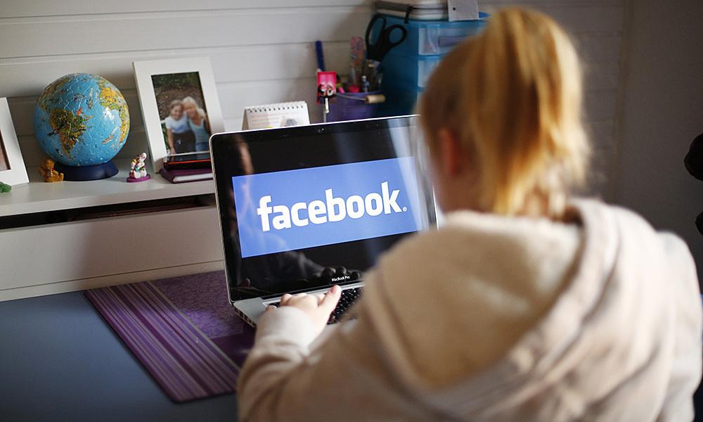 Lý do không nên cho trẻ dưới 13 tuổi dùng mạng xã hội