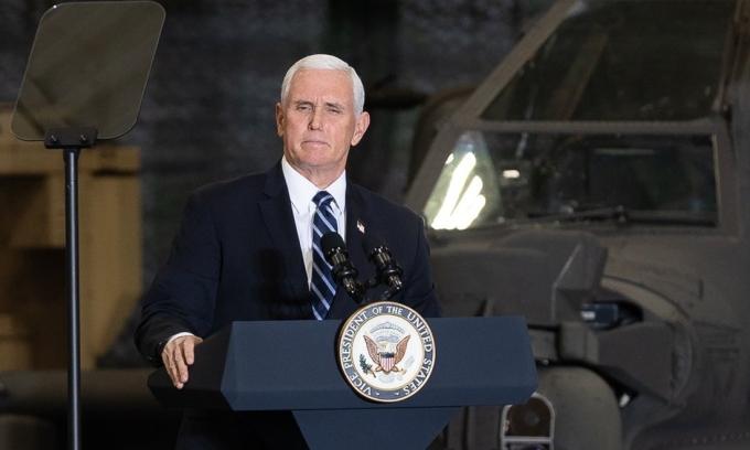 Pence tự hào vì Trump không kéo Mỹ vào cuộc chiến mới