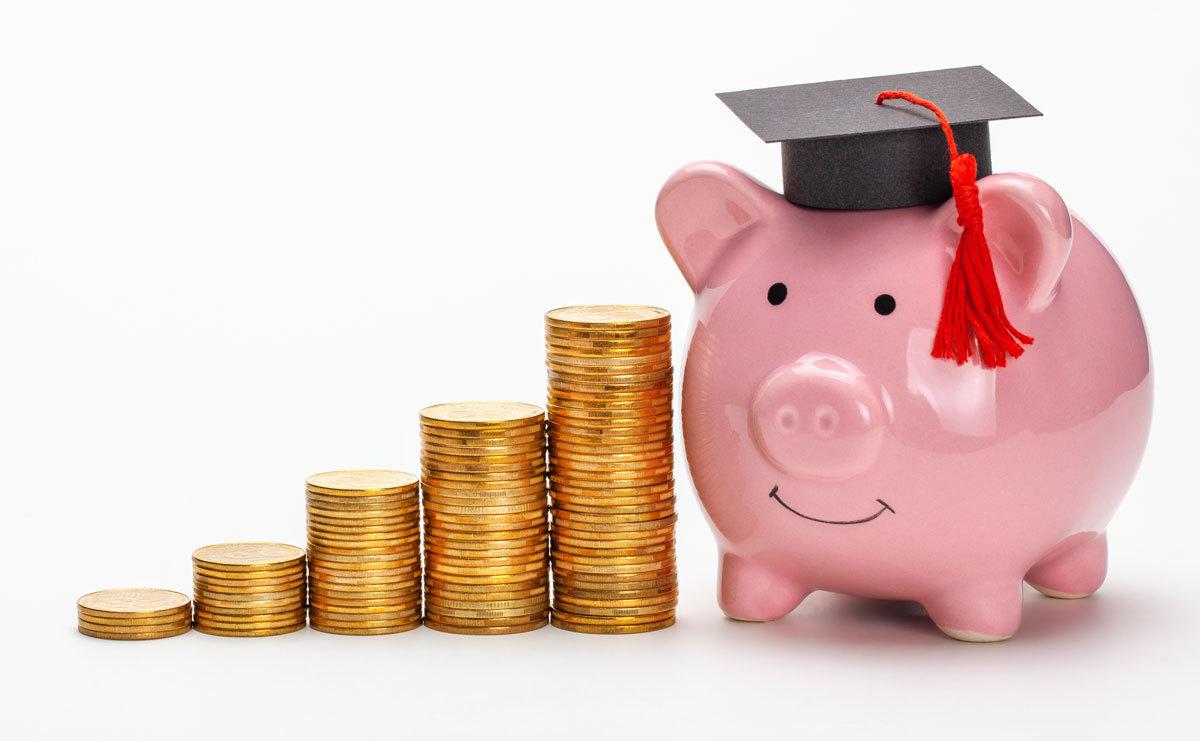 'Đừng chi tiền học vượt quá khả năng của gia đình'
