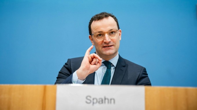 Bộ trưởng Y tế Đức tại Berlin ngày 22/1. Ảnh: AFP.