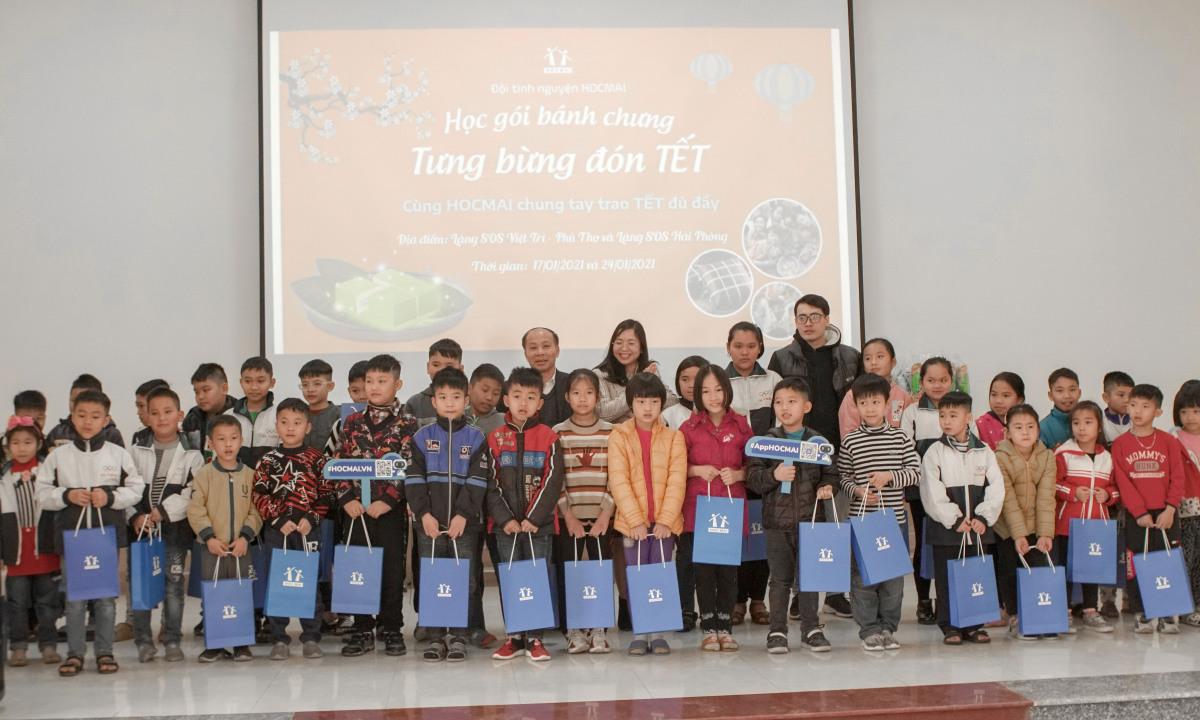 HOCMAI tặng quà Tết cho trẻ em Làng trẻ SOS