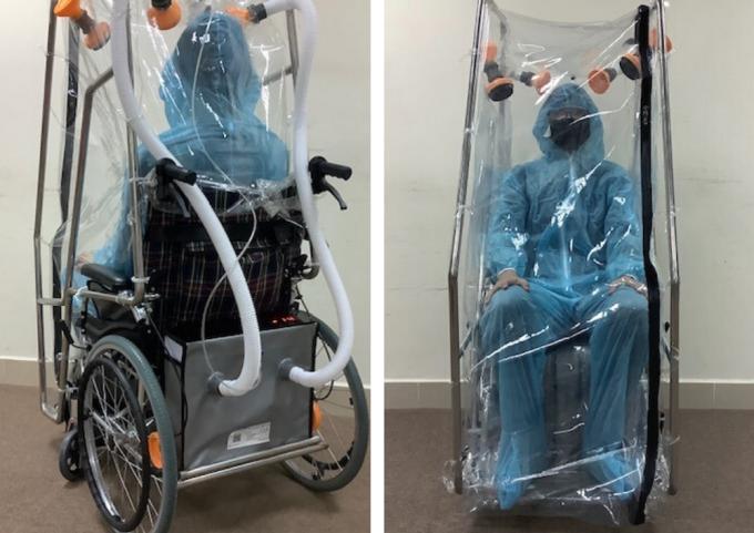 Nhà khoa học Việt thiết kế xe lăn áp lực âm cho bệnh nhân Covid-19 ảnh 1
