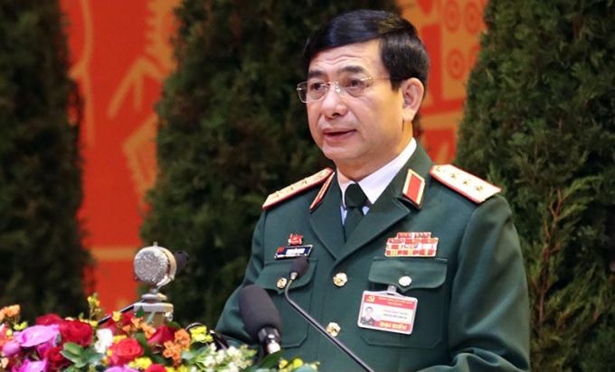 Thượng tướng Phan Văn Giang, Tổng tham mưu trưởng Quân đội Nhân dân VN, Thứ trưởng Quốc phòng, phát biểu tại Đại hội XIII. Ảnh: Giang Huy