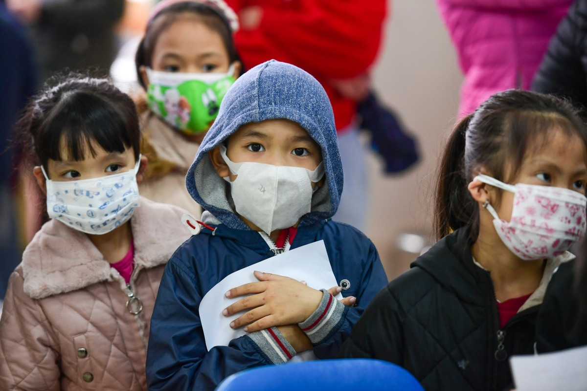 Một nghìn học sinh tiểu học lấy mẫu xét nghiệm Covid-19