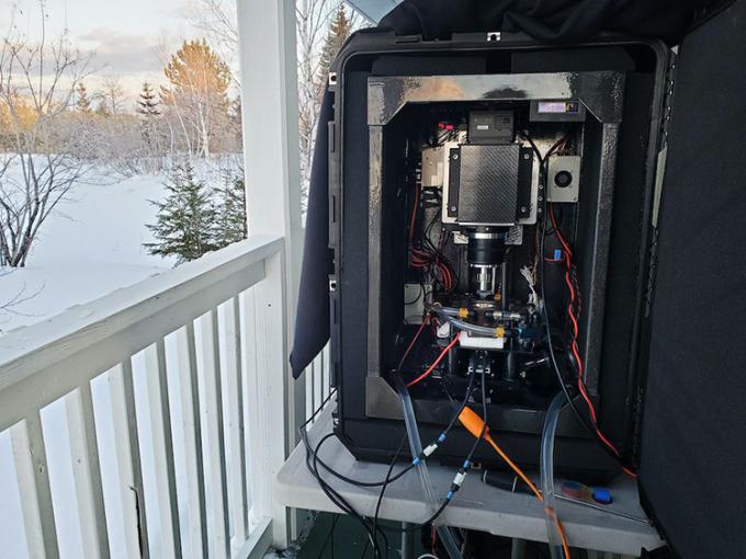 Máy ảnh bông tuyết 100 megapixel do Myhrvold chế tạo. Ảnh: LLC.