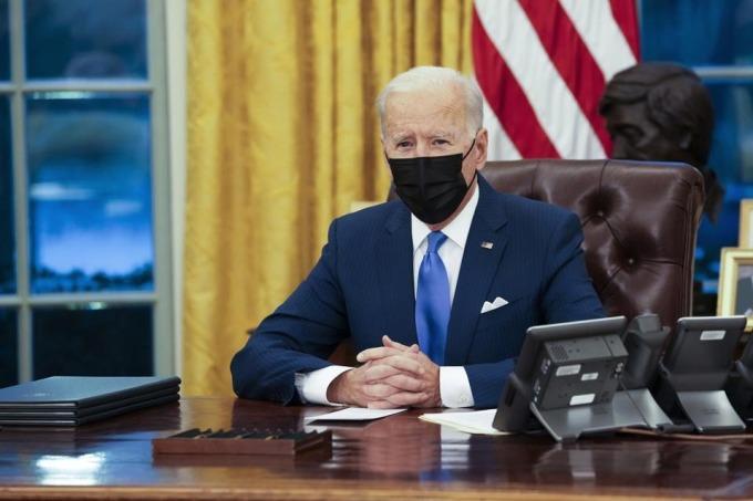 Tổng thống Biden tại Nhà Trắng ở Phòng Bầu dục, Nhà Trắng ngày 2/2. Ảnh: AFP.