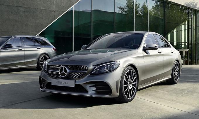 C-class thế hệ hiện hành. Ảnh: Mercedes