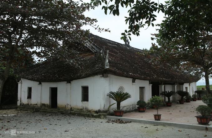 Toàn cảnh đại đình (đình Hoàng Sơn). Ảnh: Nguyễn Hải