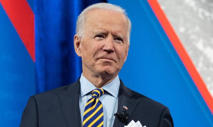 Tổng thống Mỹ Joe Biden tham gia một diễn đàn tại thành phố Milwaukee, bang Wisconsin, hôm 16/2. Ảnh: AFP.