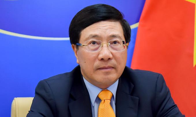 Phó thủ tướng Phạm Bình Minh trong phiên thảo luận hôm 17/2. Ảnh: Bộ Ngoại giao.