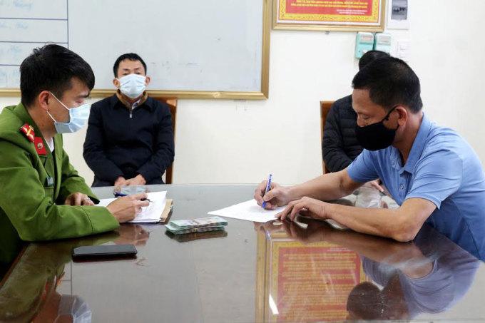 5 người bị phạt 125 triệu đồng vì trốn chốt kiểm dịch