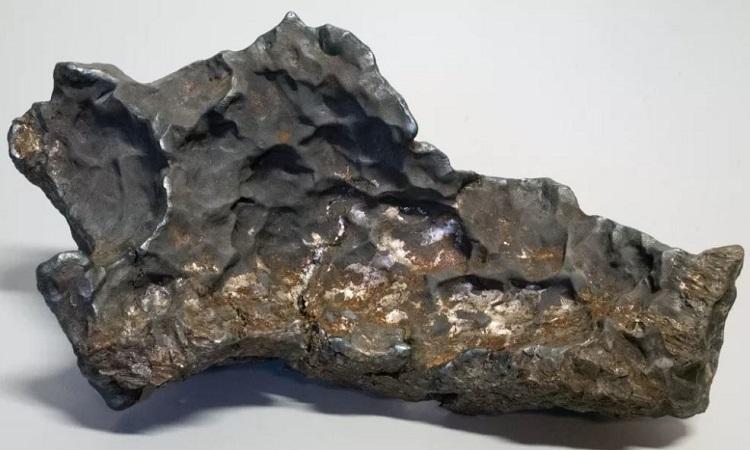 Thiên thạch sắt 14 kg rơi xuống ngôi làng Thụy Điển