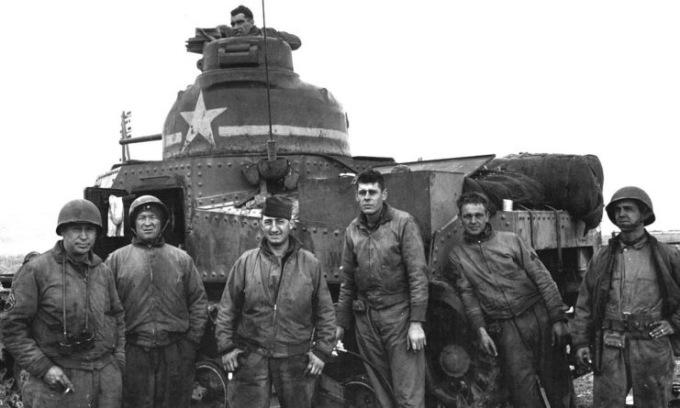 Trận đấu tăng đầu tiên giữa Mỹ và Đức trong Thế chiến II