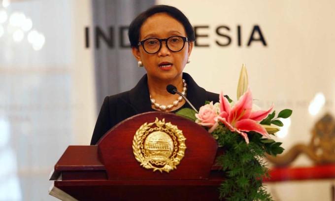 Ngoại trưởng Indonesia Retno Marsudi phát biểu trong một cuộc họp báo tại thủ đô Jakarta hồi tháng 1/2020. Ảnh: Reuters.