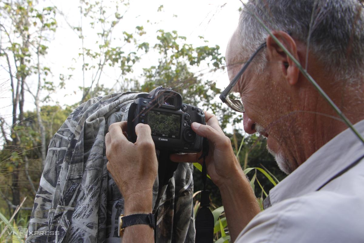 Đàn voọc ngũ sắc ở Vườn quốc gia Bạch Mã