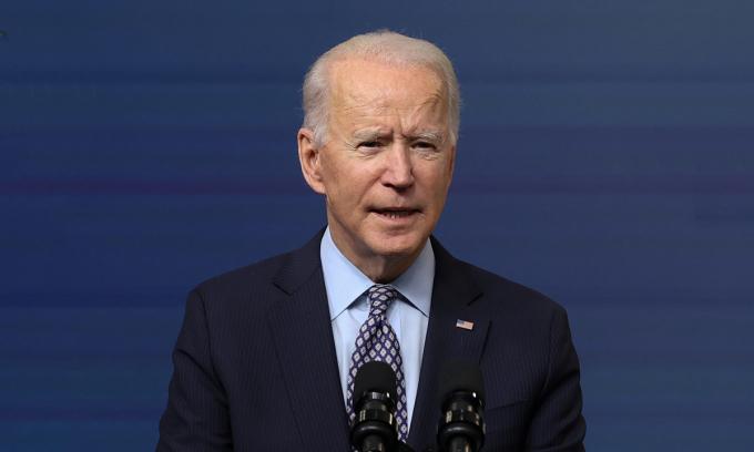 Tổng thống Mỹ Joe Biden trong cuộc họp báo tại Nhà Trắng, ngày 25/2. Ảnh: Reuters.