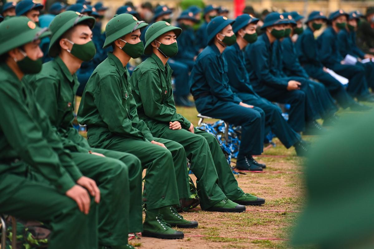 Tân binh lên đường nhập ngũ trong Covid-19