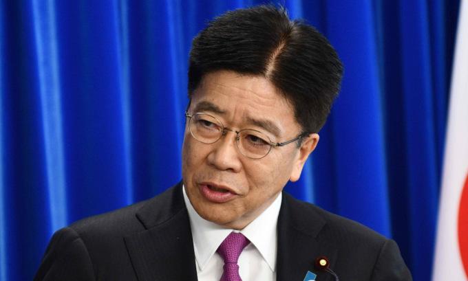 Nhật muốn Trung Quốc ngừng xét nghiệm nCoV qua hậu môn