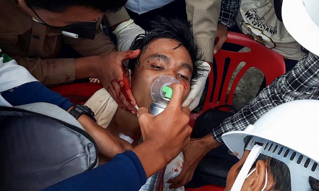 Cuộc biểu tình biến thành đổ máu tại Myanmar