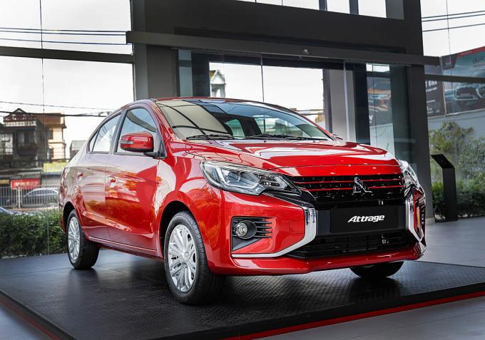 Attrage phiên bản CVT Premium tại một đại lý ở Hà Nội. Ảnh: Mitsubishi